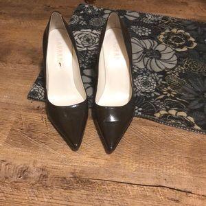 Ralph Lauren Leather Upper Women's Heels Size 7.5